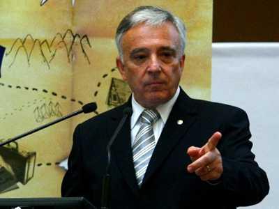 """GUVERNATORUL AYATOLLAH. Mugur Isarescu si FMI: atac concertat asupra CODULUI FISCAL, """"avertismente"""" cu privire la o noua CRIZA/ România, pe post de <i>""""COBAI AL FINANTEI MONDIALE""""</i>/ Ilie Serbanescu: <i>""""RELAXAREA FISCALA NU CONVINE CAPITALULUI STRAIN. NOUL COD FISCAL NU VA FI ADOPTAT!""""</i> (video)"""