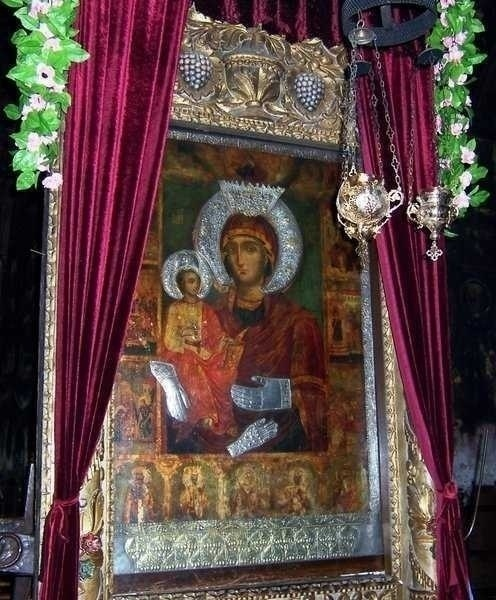 Inmormantarea Patriarhului Maxim al Bulgariei: MINUNEA ICOANEI MAICII DOMNULUI care a vestit adormirea vladicului