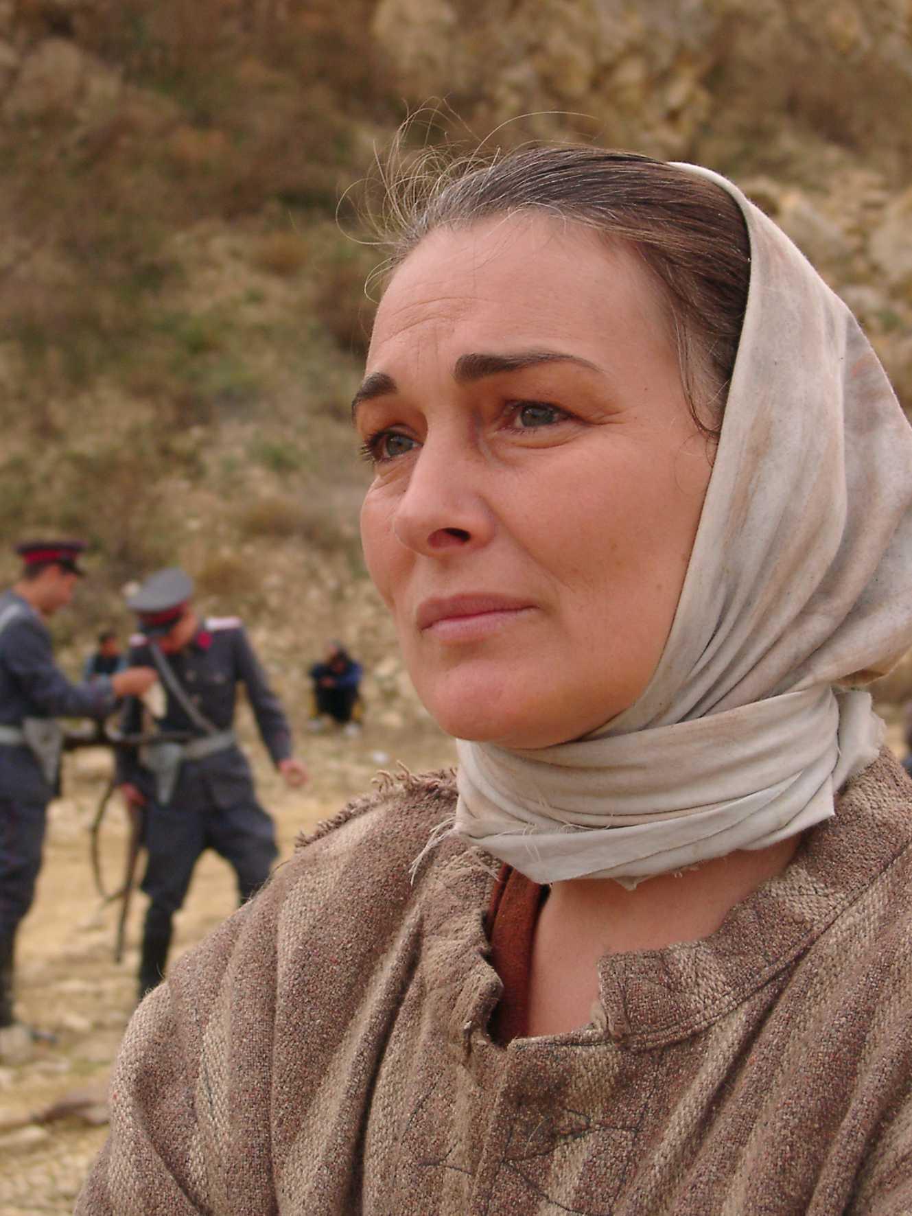 "<i>""NE-AM DAT LA CAINI""</i>. <b>Interviu exceptional cu actrita MARIA PLOAE despre jertfa martirilor din inchisori</b>. <i>""TRECEM USOR PESTE CEEA CE N-AR TREBUI SA TRECEM""</i>"