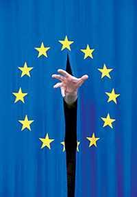 """Parlamentul European vrea MONITORIZAREA INTERNETULUI pentru identificarea """"OPINIILOR EUROSCEPTICE"""". Antena 3 isi concediaza corespondentul de la Bruxelles pentru COMENTARIILE ACIDE fata de COMISIA EUROPEANA (video)"""