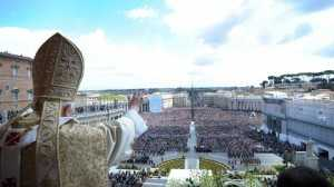 gty_pope_vatican_back_tk_130213_wblog