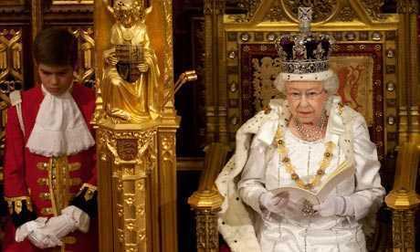 Regina Marii Britanii sustine o noua CHARTA PRO-GAY pentru intreg COMMONWEALTH-ul