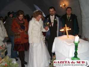 nunta la asa-zisa biserica de gheata de la balea lac