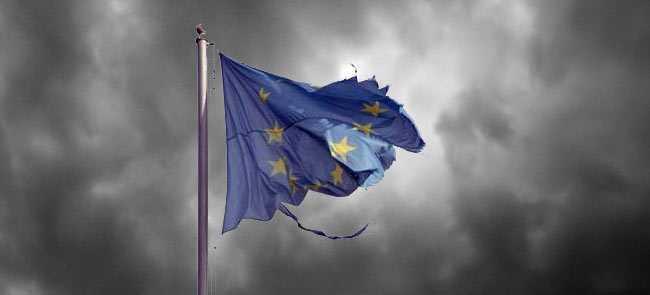 Hubert Vedrine critica utopia federalista: AR TREBUI SA SE RENUNTE LA IDEEA STATELOR UNITE ALE EUROPEI/ Merkel vrea mai mult: TREBUIE SA NE RUPEM DE TRECUT, CA SA PUTEM AVANSA