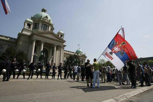 """Parlamentul Serbiei a votat ACORDUL DE """"NORMALIZARE"""" cu KOSOVO"""