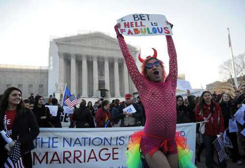 DEMONTAREA PONCIFELOR PRO-HOMOSEXUALITATE. <i>Totalitarismul inversiunii si sfarsitul omenirii</i>