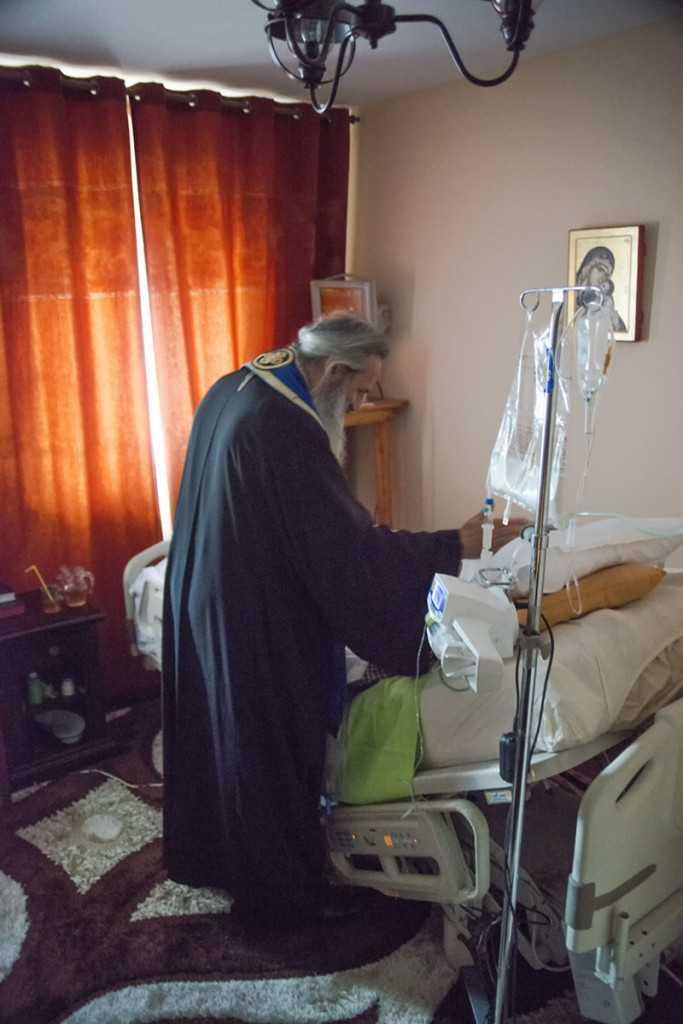 mitropolitul-teofan-binecuvintind-pe-pr.-justin-24.05.2013
