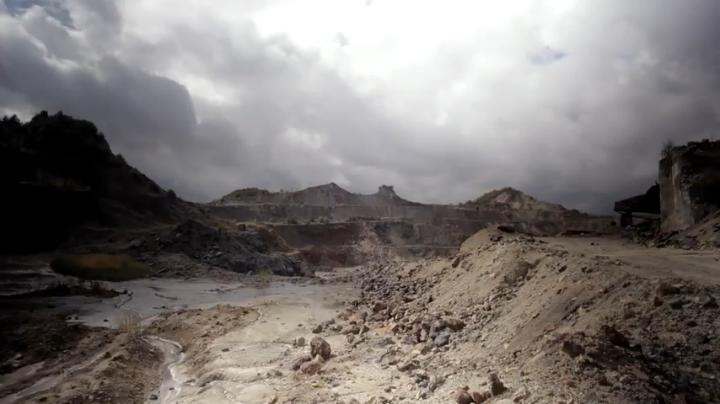 MrFelchen - Rosia Montana, un loc la marginea prapastiei3