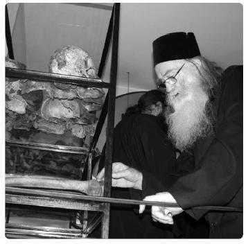 Parintele Justin Parvu la Manastirea Aiud Martiri Sfintii Inchisorilor