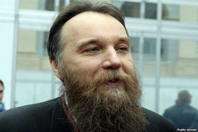 "<i>Russians are coming?</i> Dughin, ideologul Eurasiei, vrea sa ""SALVEZE"" ROMANIA de UE prin Republica Moldova/ PACEPA reactivat mediatic. Vreo legatura cu LARRY WATTS?/ SUA taraste lumea catre RAZBOIUL FINAL"