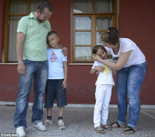 grecia-orfani