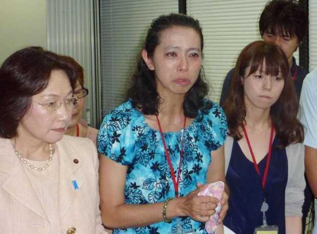 <b>JAPONIA OPRESTE CAMPANIA DE VACCINARE ANTI-HPV</b>. <i>De ce in Romania se oculteaza GRAVELE EFECTE NEGATIVE ale vaccinului Gardasil/Cervarix</i> (inclusiv DECESUL si sechelele ireversibile)?
