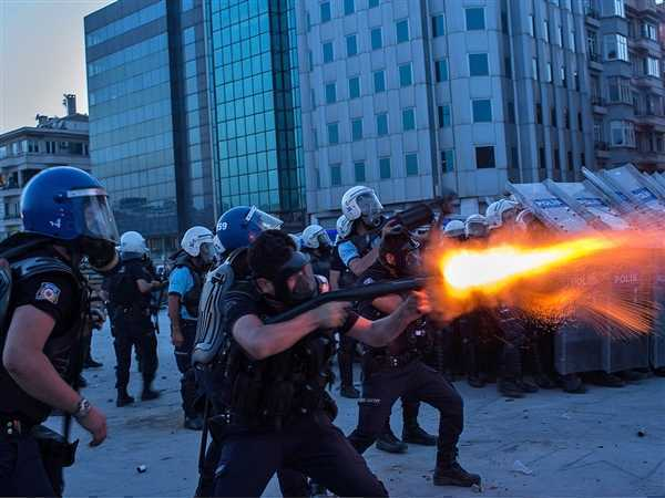 turkey-protest-tease.photoblog600