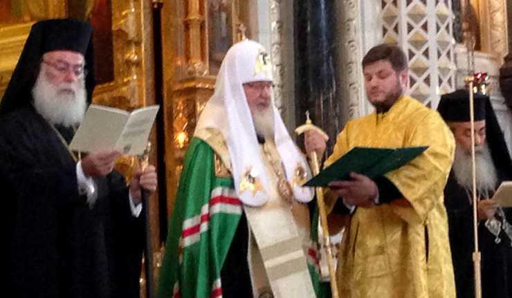 PUTIN S-A INTALNIT CU REPREZENTANTII BISERICILOR ORTODOXE LA KREMLIN. Presedintele Rusiei vrea sa discute interesele ortodocsilor de pe glob