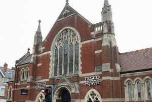 Biserica-supermarket