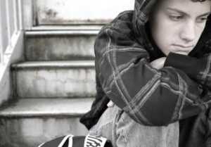 despre-tendinta-de-suicid-la-adolescenti-1_size1