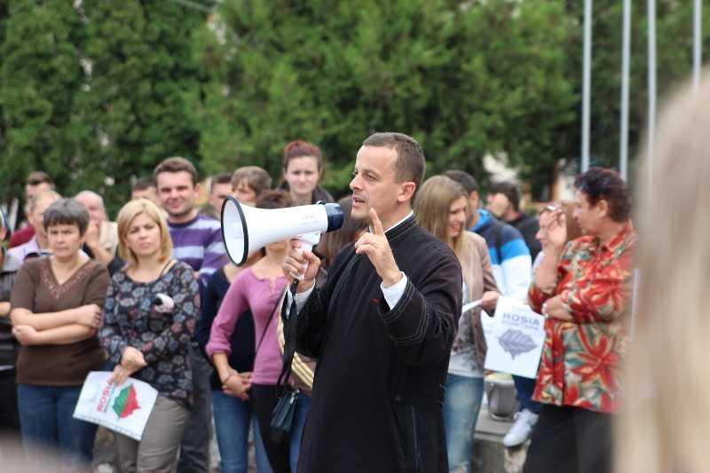 protest-campeni-parintele-cristian-motora-1