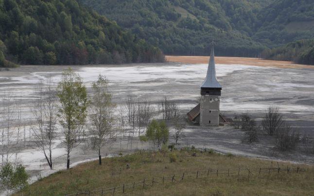 Halda de steril de la Valea Şesii a acoperit satul Geamăna 2