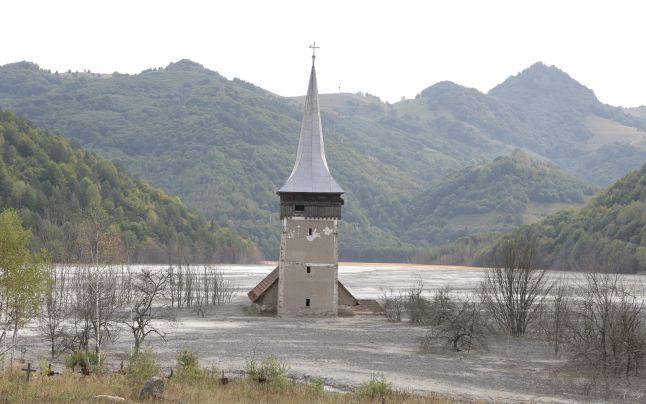 Halda de steril de la Valea Şesii a acoperit satul Geamăna