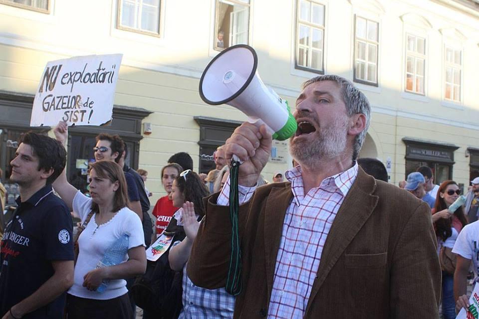 Willy Schuster, liderul rezistentei taranesti anti-prospectiuni de la Mosna, despre TERORIZAREA PSIHICA A TARANILOR, CAPITALISM, SPOLIATORII DE PAMANTURI, MONSANTO… dar si despre cooperatie si agricultura alternativa