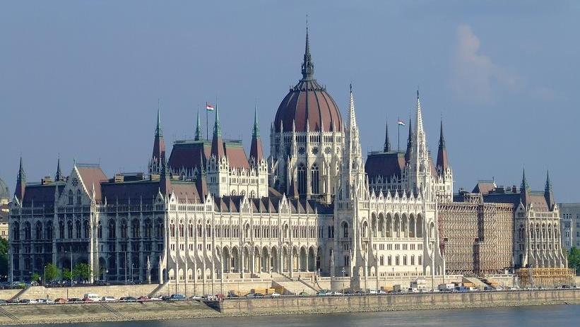 Cum procedeaza Ungaria cu BANCILE: verifica LEGALITATEA creditelor in valuta si a CLAUZELOR nefavorabile