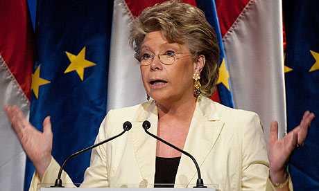 Viviane Reding vrea crearea STATELOR UNITE ALE EUROPEI/ Rezolutie europarlamentara de instituire a unui SISTEM DE MONITORIZARE SI SANCTIONARE A STATELOR MEMBRE