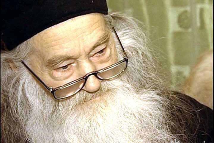 """<i>""""In chilia lui, ingropat in popor""""</i>. <b>95 de ani de la NASTEREA CUVIOSULUI PARINTELUI NOSTRU IUSTIN PARVU: <i>""""Hristos nu va fi invins niciodata!""""</i></b>"""
