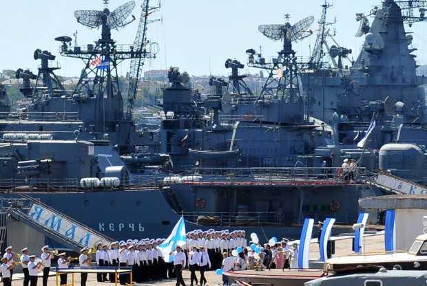 <b>Se pregateste Rusia de razboi in Crimeea?/ CUTREMURUL GEOPOLITIC CE SE VA ABATE SI ASUPRA ROMANIEI</b>/ Parintele Savatie despre miza SCHIMBARII MITROPOLITULUI KIEVEAN/ Batalia pe gazele si conductele UCRAINEI