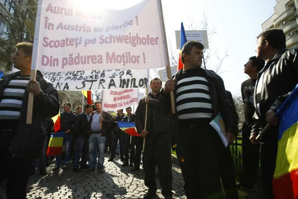 Protestul Federaţiei Proprietarilor de Păduri şi Păşuni din România