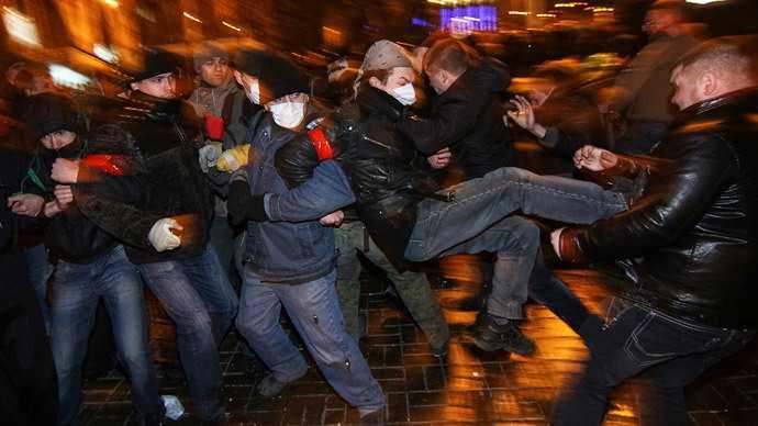 UCRAINA ACUZA RUSIA DE INVAZIE MILITARA/ Violentele continua in Donețk si Harkov/ Parlamentul de la Kiev a INCHEIAT MANDATUL Consiliului pro-rus din CRIMEEA/ Consiliul Europei: REFERENDUMUL din Crimeea e NECONSTITUTIONAL