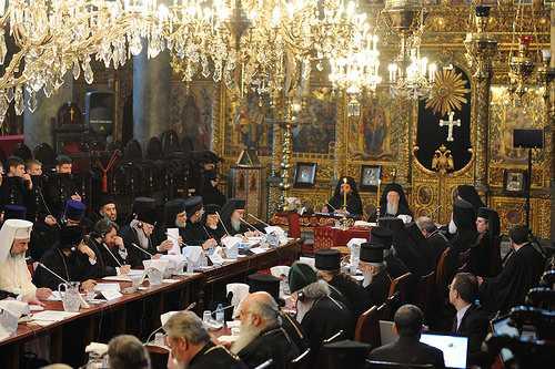"""<b><i>""""SFANTUL SI MARELE SINOD PANORTODOX""""</i> – fixat pentru 2016</b>. Programul Patriarhului Ecumenic Bartolomeu, cuvantul Patriarhului Daniel si cateva observatii care se impun. <b>RISCUL REAL AL CENTRALISMULUI AUTORITARIST IN DIRECTIA ECUMENISTA, IN NUMELE """"UNITATII"""" BISERICII</b>"""
