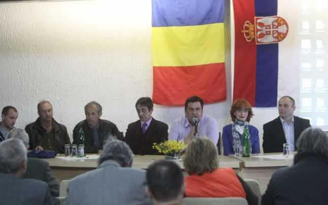 """CINE SUNT ROMANII DIN VALEA TIMOCULUI? Inventarea natiunii artificiale a """"VLAHILOR"""" de catre SERBIA si trista dezbinare a comunitatii romanesti timocene"""