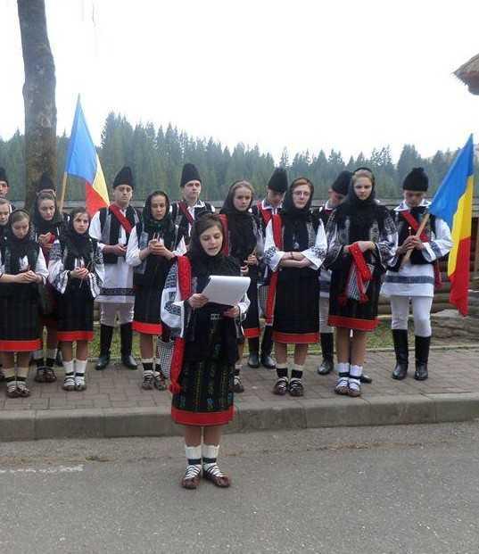 Anamaria Cretan - liceul din Vicovu la Putna