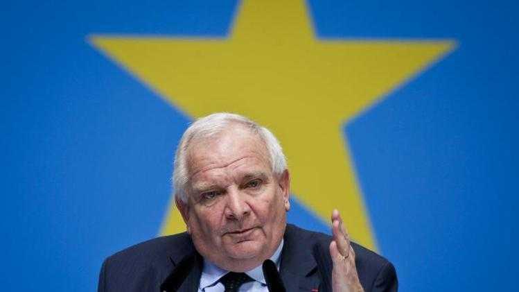 Liderul popularilor europeni da definitia precisa a UNIUNII EUROPENE: FILME PORNO FARA FRONTIERE