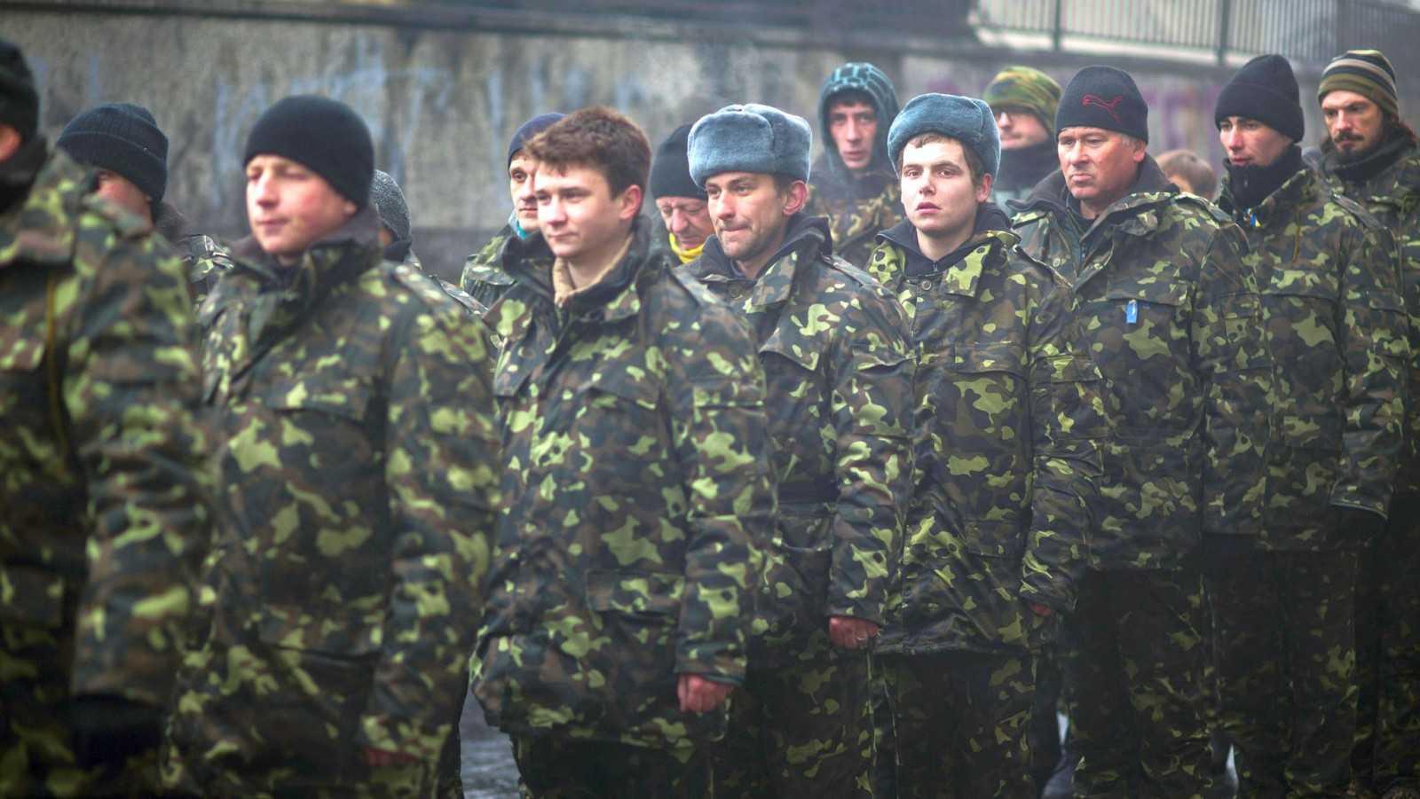 """<b>ROMANIA se pregateste de RAZBOI… pe șest?</b> ORDIN OFICIAL PRIVITOR LA RECRUTAREA OBLIGATORIE PE TIMP DE RAZBOI/ <b>Ucraina si-a pus armata in <i>""""STARE DE ALERTA TOTALA""""</i> si expulzeaza ATASATUL MILITAR al Rusiei</b>/ Titus Corlatean afirma """"AMENINTAREA RUSA"""" si cere BAZA NATO PERMANENTA"""