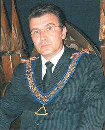 image-2011-05-18-8641286-46-marele-maestru-radu-balanescu