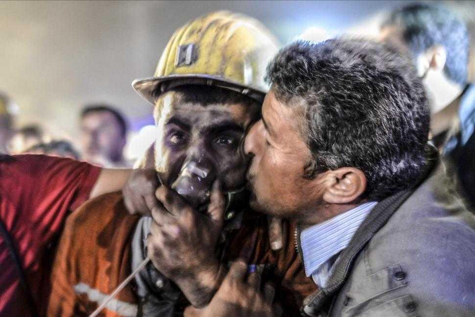 update: PROTESTE IMPOTRIVA LUI ERDOGAN/ Accident de mina terifiant in TURCIA: PESTE DOUA SUTE DE MORTI SI ALTE SUTE DE PERSOANE BLOCATE IN SUBTERAN (video)