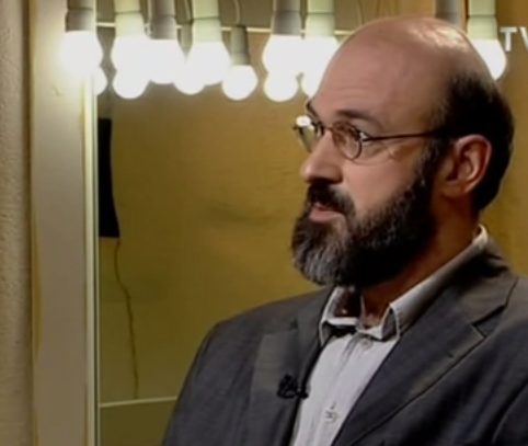 Virgiliu Gheorghe: TINERII IN ERA DIGITALA. EROTISM SI INTERNET [conferinta VIDEO]/ Dependenta de telefoane si internet: clasificata drept TULBURARE MINTALA?