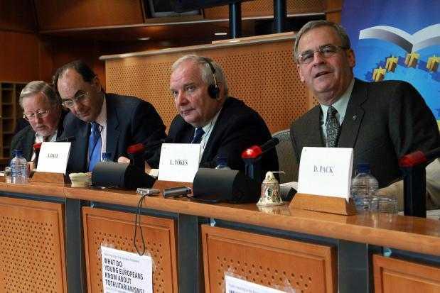 """TOKES evoca """"unificarea"""" natiunii maghiare si vremurile ANTE-TRIANON in Parlamentul European/ Tamar Sandor, presedintele CJ COVANSA, cere schimbarea numelui Jandarmeriei locale din """"Gheorghe Doja"""" in """"Dozsa Gyorgy"""""""