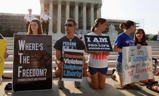"""SUA: Curtea Suprema decide ca OBAMACARE nu poate duce la RESTRANGEREA LIBERTATII RELIGIOASE. Administratia Obama considera """"CONTRACEPTIA"""" drept """"VITALA"""" pentru femei, iar Hillary Clinton critica vehement decizia """"PROFUND TULBURATOARE"""" a Curtii Supreme"""
