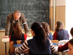 ANTICORUPTIE SAU REEDUCARE? Mai degraba, moartea clinică a scolii românesti…