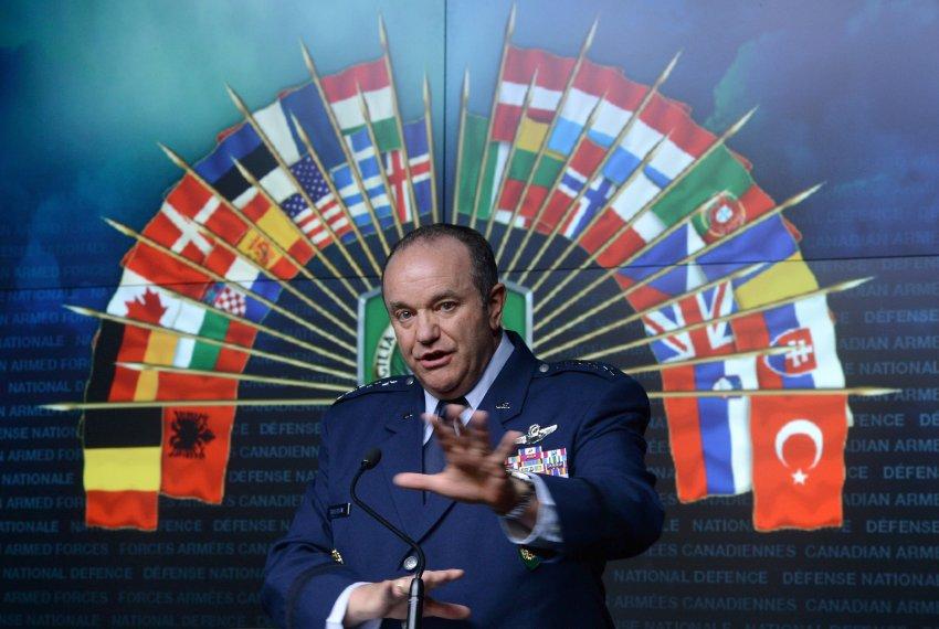 "<i>Der Spiegel</i> critica ""soimii"" razboiului din administratia SUA si NATO: PROPAGANDA PERICULOASA CARE IMPIEDICA EFORTURILE DE MEDIERE. Americanii vor provocarea unei SCHIMBARI DE REGIM in Rusia"