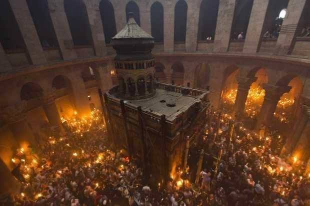 SFANTA LUMINA A VENIT LA IERUSALIM si in 2015 (video). Slava Tie, Dumnezeul nostru!