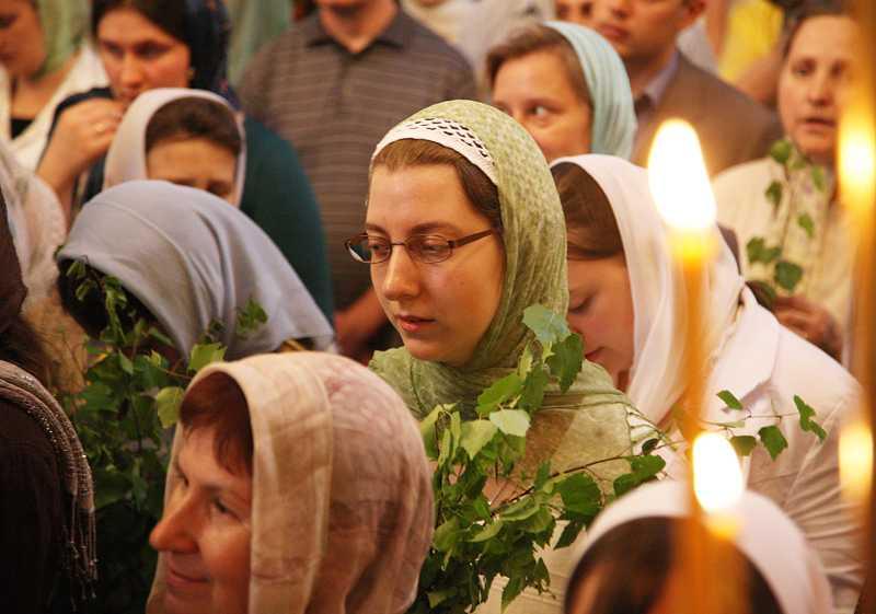 MIRONOSITELE/ Viata crestinilor din Etiopia/ PAROHIA – SALVAREA BISERICII/ Robia si idolatria moderne. Despre MODA IN IMBRACAMINTE si cine o dicteaza. CUM TREBUIE SA (NU) FIE FEMEIA CRESTINA?
