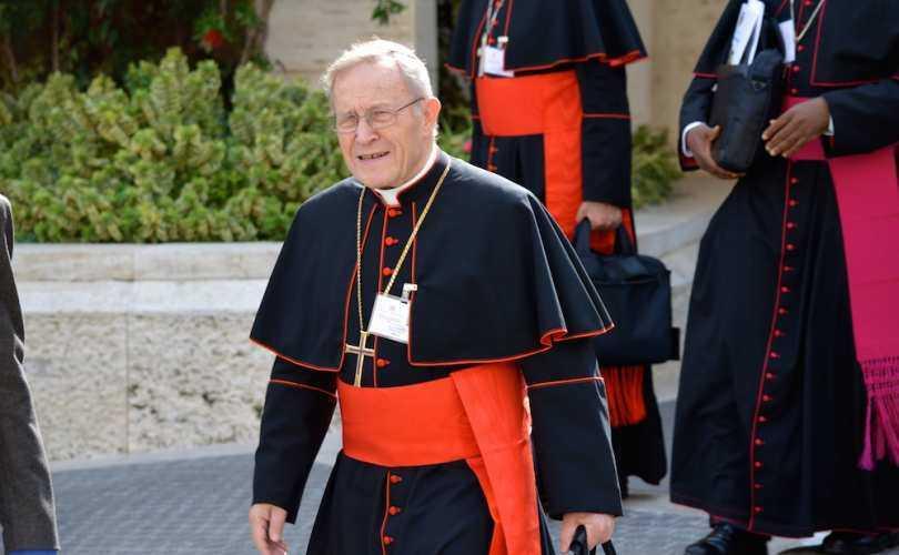 """CONJURATIA REFORMISTILOR. Importanti cardinali si episcopi catolici militeaza pentru UNIUNILE HOMOSEXUALE/ Senator american: CRESTINISMUL, IN CURAND """"DISCURS AL URII""""?/ Mania listelor negre se extinde la nivel european: ORGANIZATIILE PRO-VIATA, DEFINITE DREPT """"EXTREMISTE""""/ Reeducarea de gen – pe agenda COMISIEI EUROPENE/ Egalitatea dintre femei si barbati – PRIN MULTIPLICAREA AVORTURILOR!"""