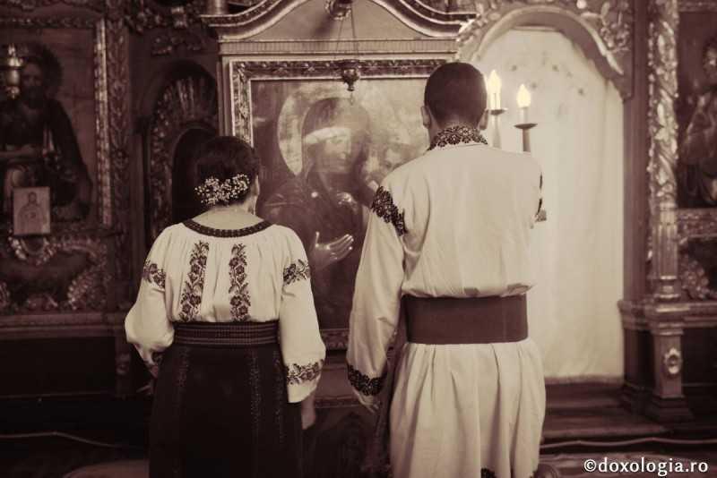 DISPENSA PENTRU CASATORIILE RELIGIOASE MIXTE. Cum a ajuns subiectul pe agenda mediatica si de ce raspunsul Patriarhiei Romane este gresit
