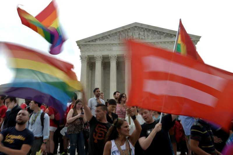 Revolutia homosexualista din SUA e abia la inceput. ACTIVISTII LGBT ISI STABILESC URMATOARELE TINTE: BISERICILE, FAMILIA, SCOALA SI COMUNITATILE CONSERVATOARE
