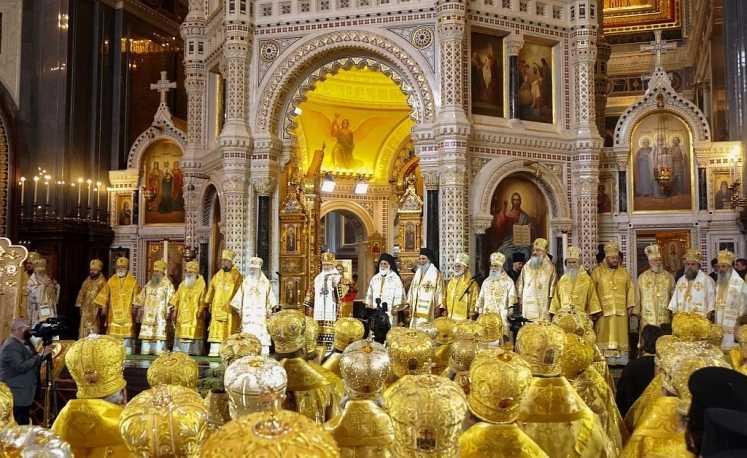 PATRIARHIA MOSCOVEI sarbatoreste 1000 ani de la adormirea Sf. Vladimir, Botezatorul Rusiei. PATRIARHIA ROMANA A PARTICIPAT PRIN INTERMEDIUL UNEI DELEGATII. Ce mesaje a transmis PATRIARHUL KIRILL?
