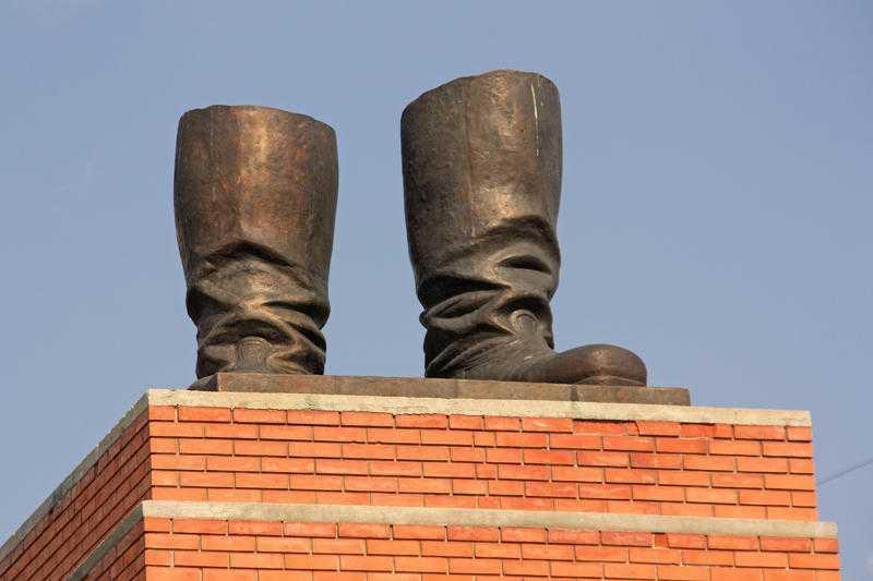 cizmele-lui-stalin