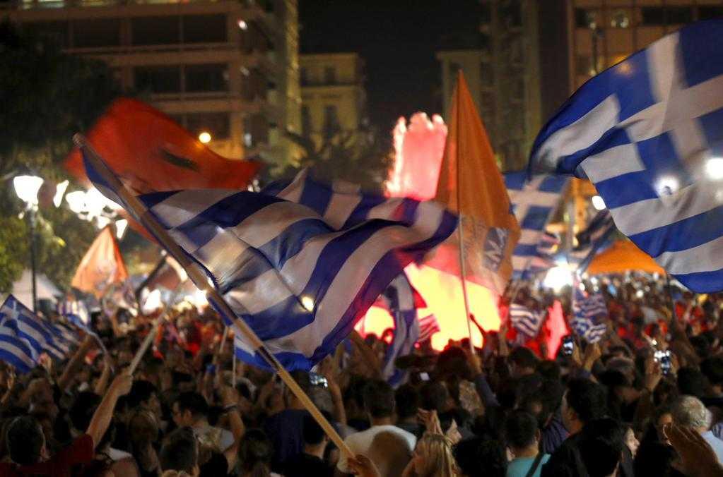 """REFERENDUMUL DIN GRECIA: <i>61% NU</i> – VOT URIAS ANTI-TROICA, ANTI-AUSTERITATE. O proba de demnitate si multe necunoscute. Guvernul TSIPRAS – """"CALUL TROIAN"""" al RUSIEI sau al SUA?"""